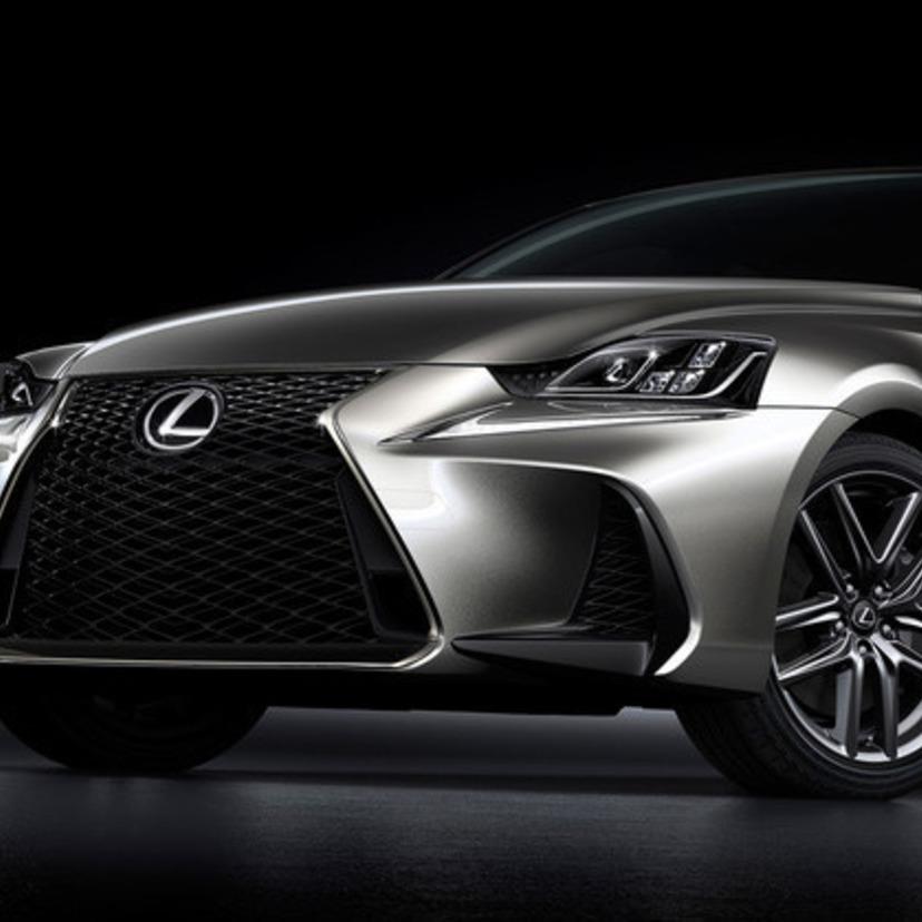 レクサス ISの燃費、デザイン、価格や評価は?詳細情報一覧!